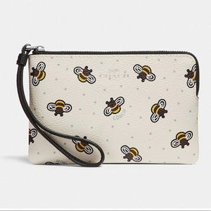 NWT Coach Corner Wristlet With Bee Print